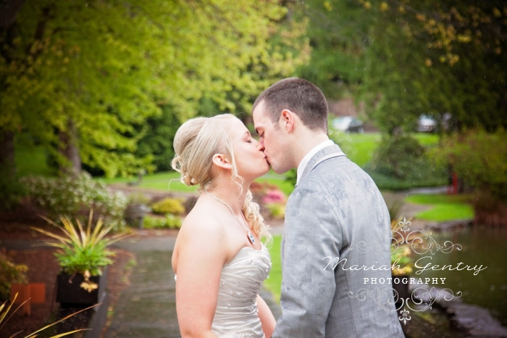 Mariah Gentry Photography Wedding on the Skansonia in Seattle