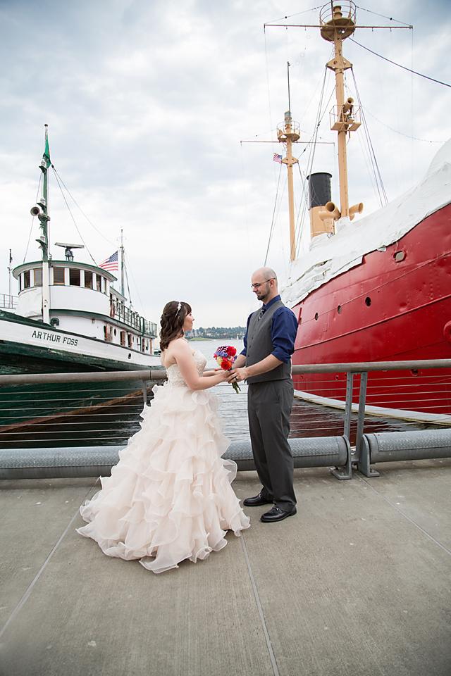Mariah Gentry Photography Argosy Cruise Wedding