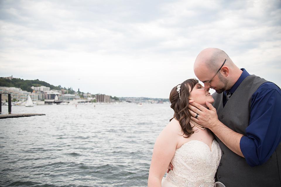 Mariah Gentry Photography Wedding Argosy Cruise Ships