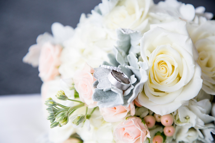 Mariah Gentry Photography Palisades Restaurant Wedding in Seattle